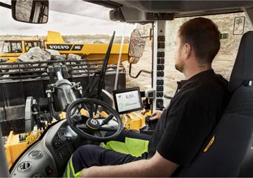 Машинист катка - насколько сложная и ответственная работа по управлению спецтехники при трамбовке и уплотнении грунта, песка и щебня.